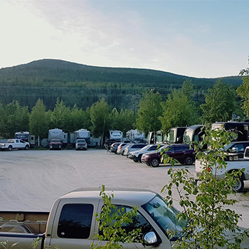 Dawson City Bonanza Gold motel rv park accommodation